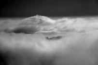 Colma_di_Sormano_256_l_isola_tra_le_nuvole.JPG
