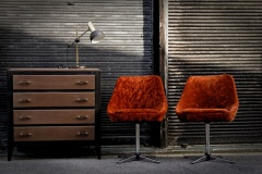 28.Les_fateuils_orange.jpg